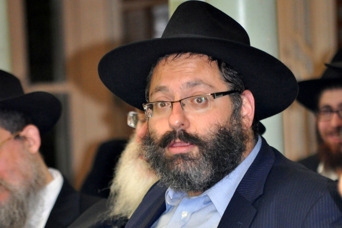 Rabbi YY Jacobson at YG